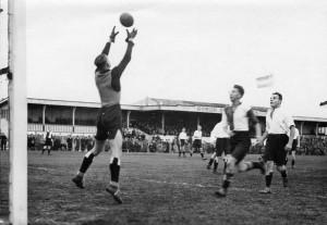 Robur et Velocitas 1e elftal - Feijenoord in 1934, 1-8
