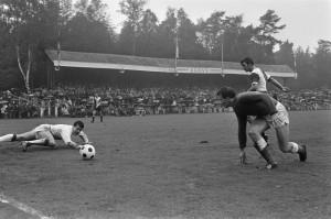 Tribune AGOVV - 1968-09-15-agovv-feyenoord1, bron Laatdetribunenietzitten.nl
